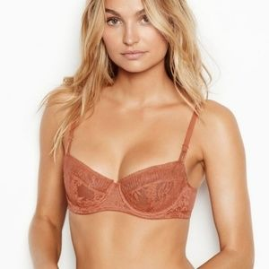 Victoria's Secret Wicked Unlined Angels Uplift Bra